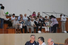 fotos da assembleia na igreja da santissima trindade na peregrinao nacional vicentina a ftima 16-04-2011 10