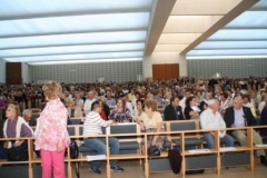 fotos da assembleia na igreja da santissima trindade na peregrinao nacional vicentina a ftima 16-04-2011 11