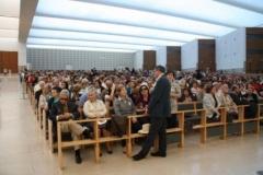 fotos da assembleia na igreja da santissima trindade na peregrinao nacional vicentina a ftima 16-04-2011 17