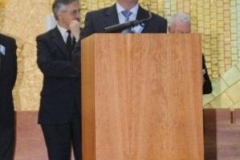 fotos da assembleia na igreja da santissima trindade na peregrinao nacional vicentina a ftima 16-04-2011 18