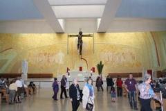 fotos da assembleia na igreja da santissima trindade na peregrinao nacional vicentina a ftima 16-04-2011 6